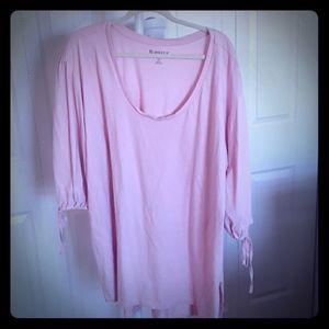 Roman's 2x pink tunic with cute tied sleeve detail